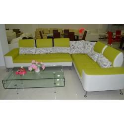 Γωνιακός καναπές άσπρο με λαχανί